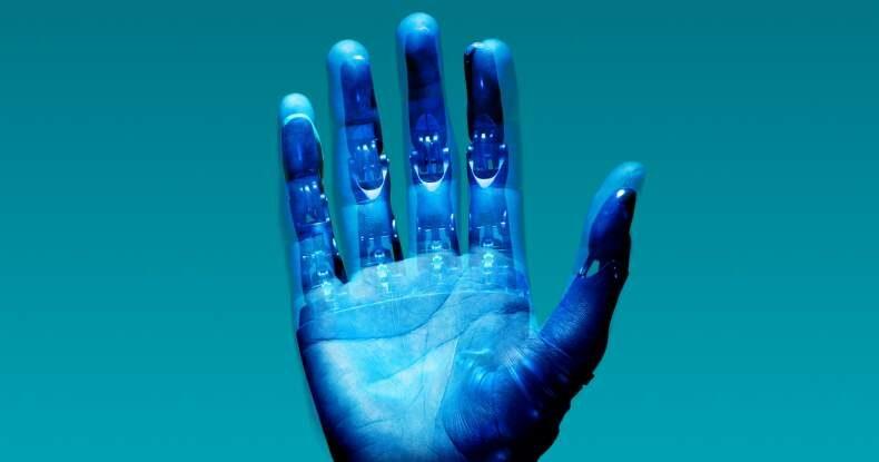 mão ciborgue